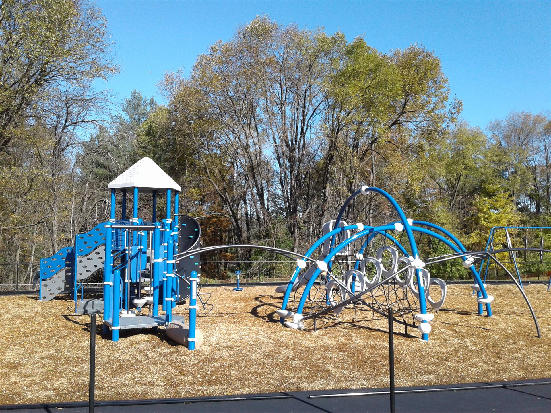 New Greenlawn Playground - Spiderweb