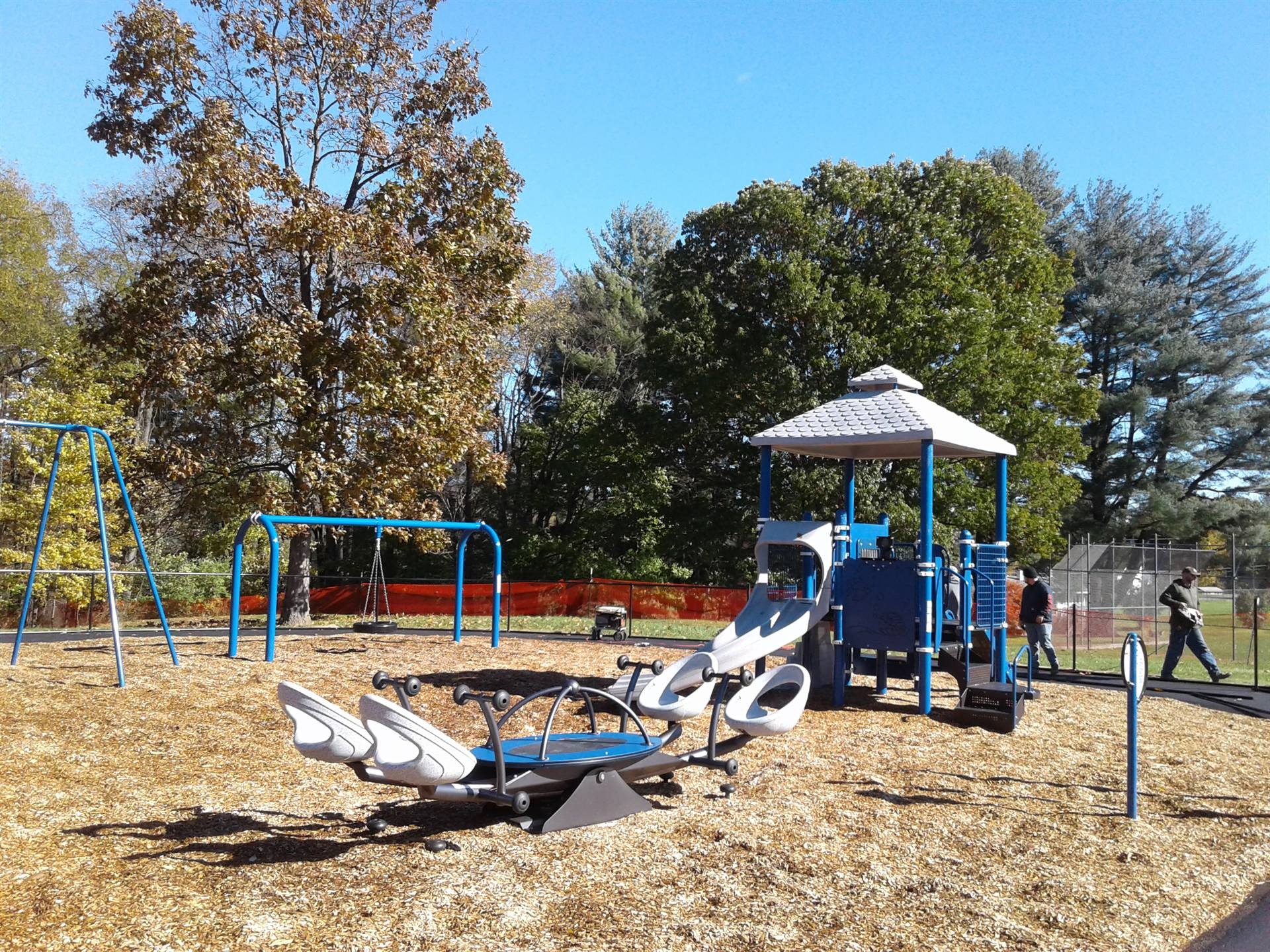 New Greenlawn Playground - Climbing apparatus