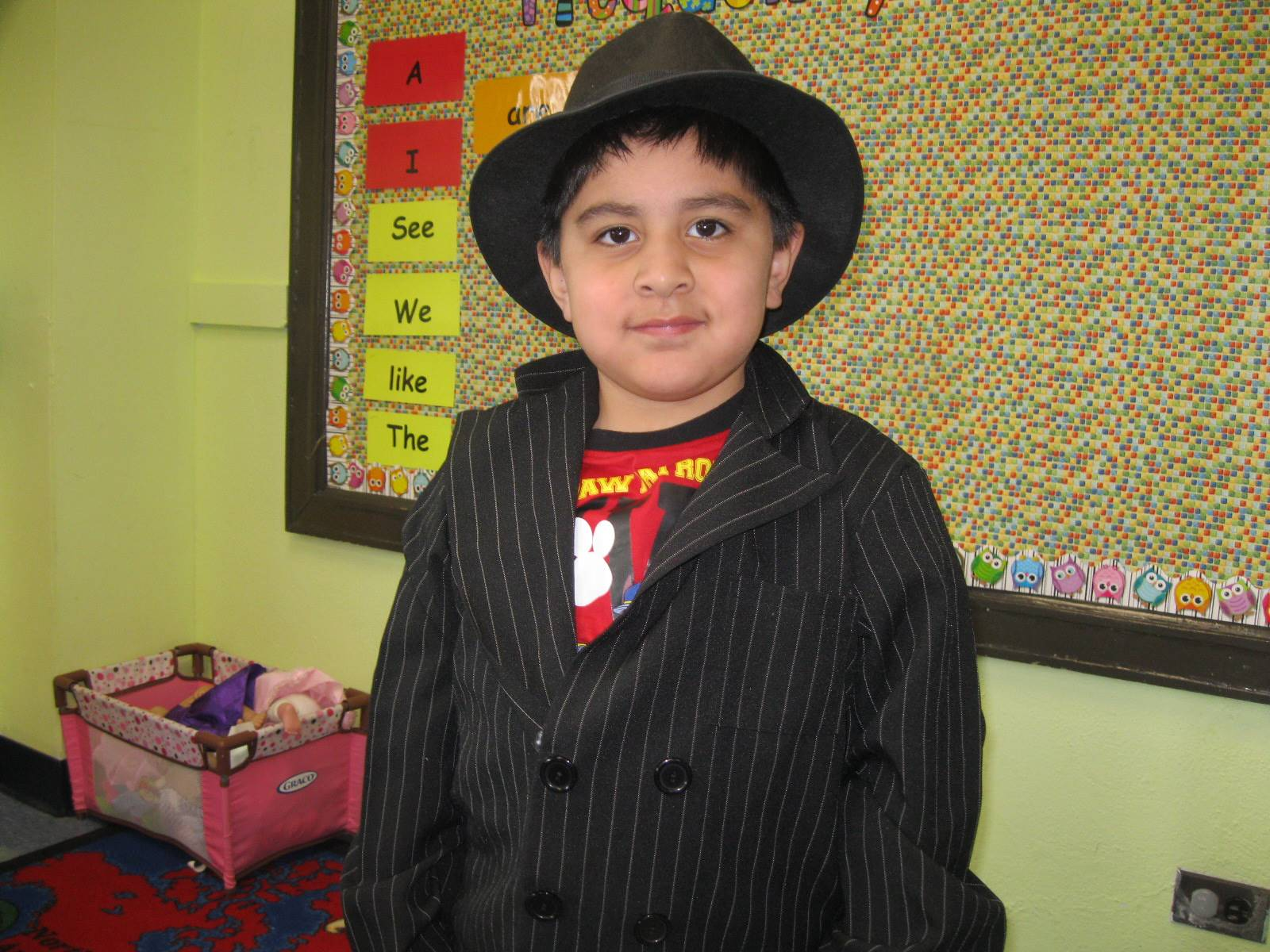 student dressed up as a private detective.