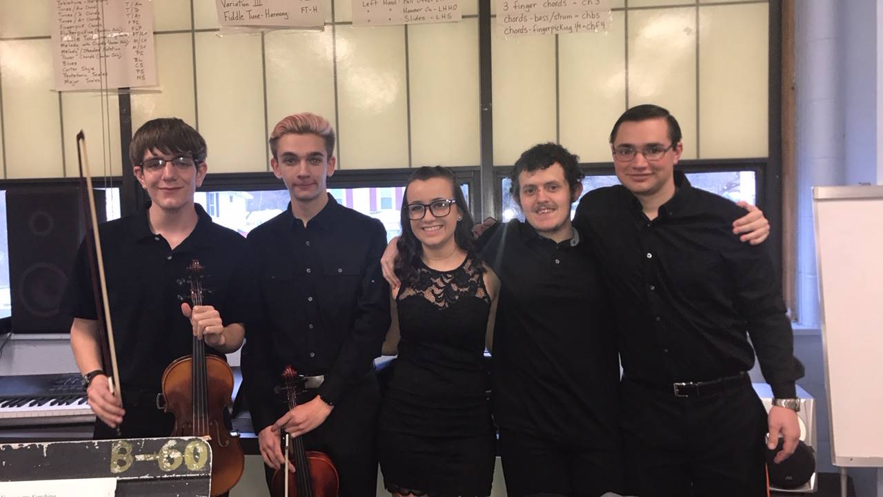 Orchestra members ready for the concert!