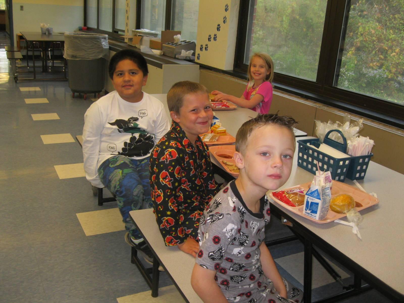 Students eat breakfast in PJs!