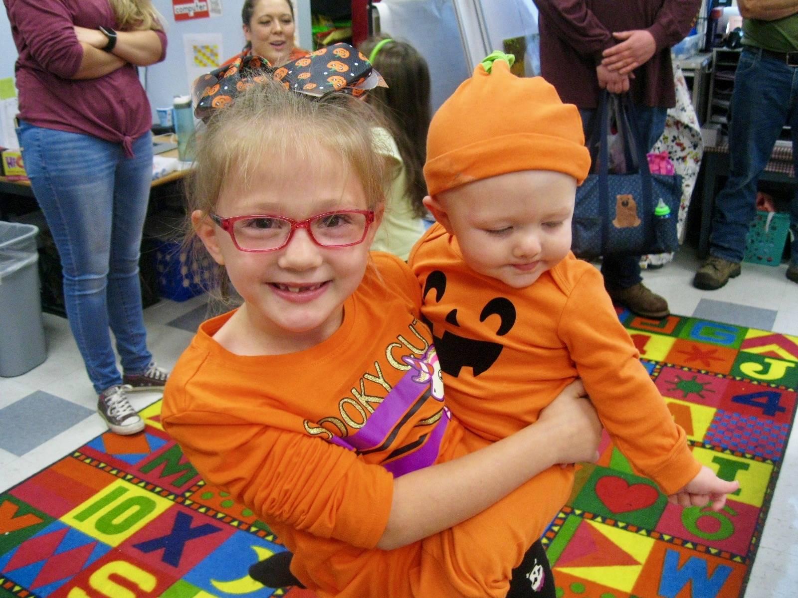 pumpkin siblings.