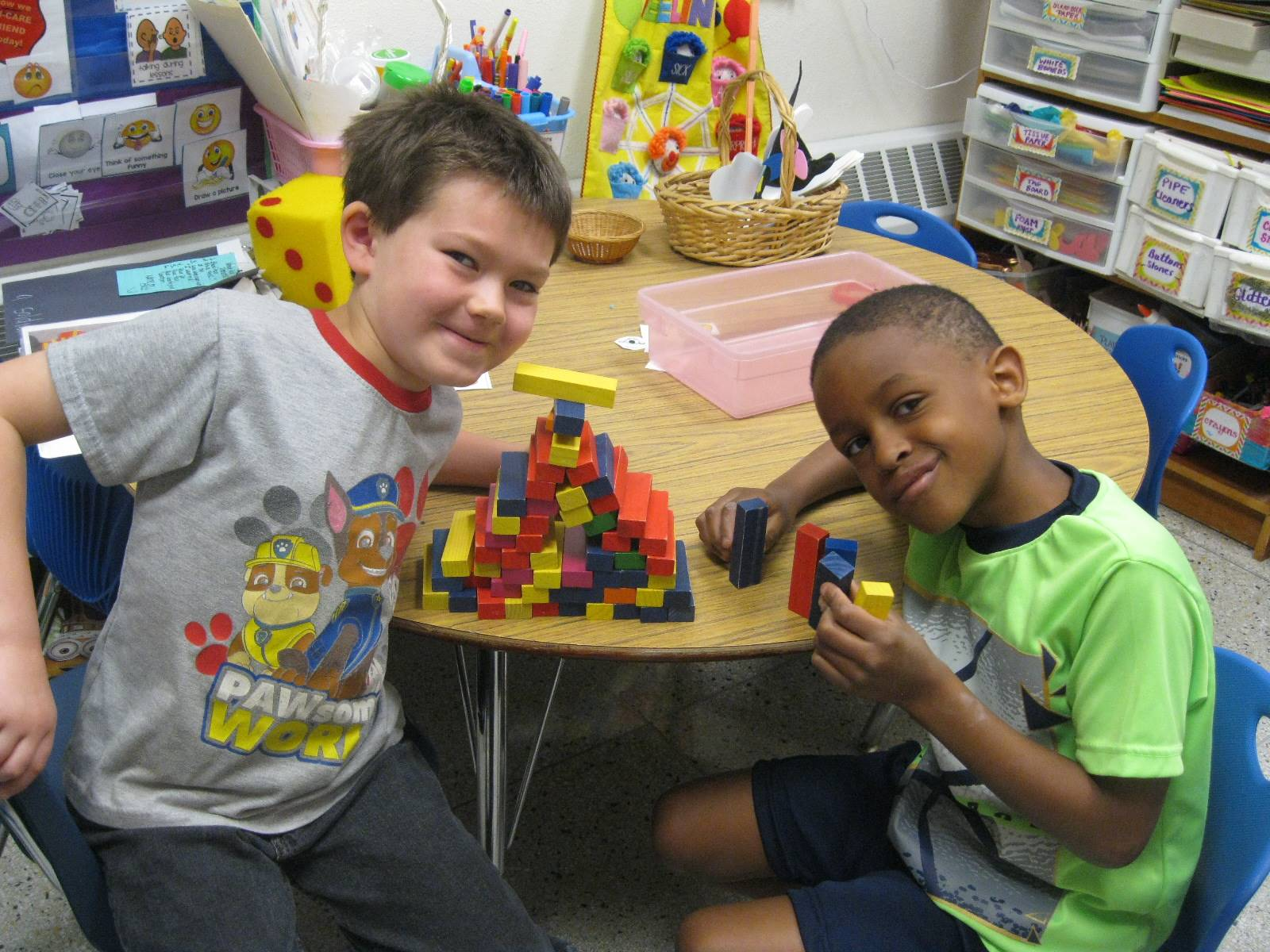 2 Students playing cooperatively.