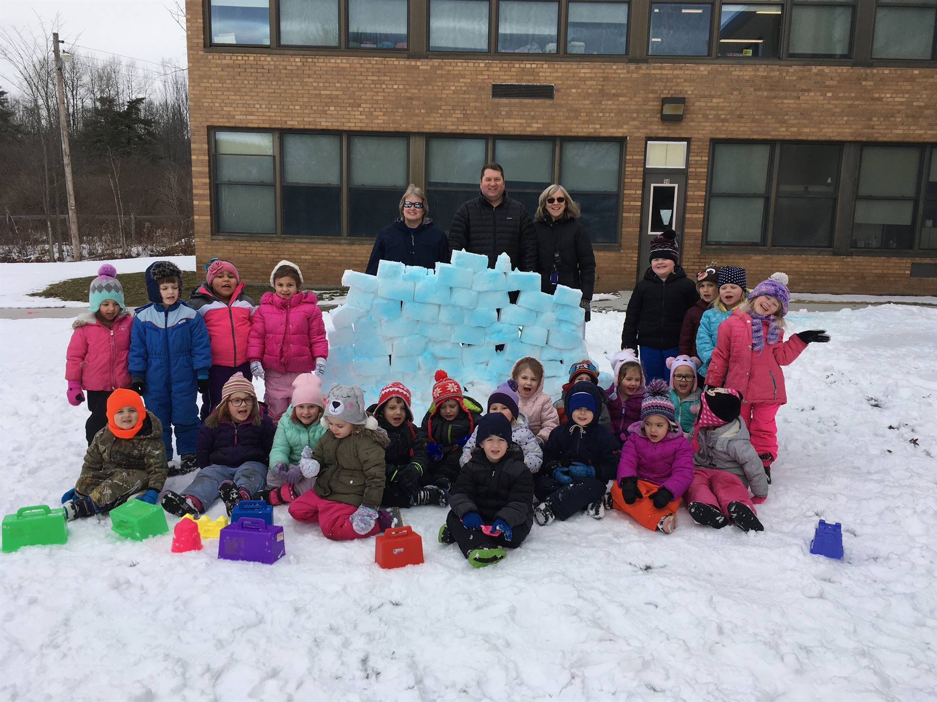2 pre k classes with snow fort.